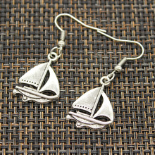 Fashion jewelry Women Antique Silver Plated sailing ship boat spaceship shaped stud earrings for party