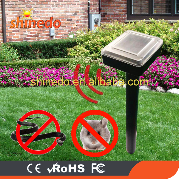 Waterproof Garden Solar Mole Repeller Ultrasonic Repel Mole, Voles, Gopher, Mice and Rats, Rodent pest