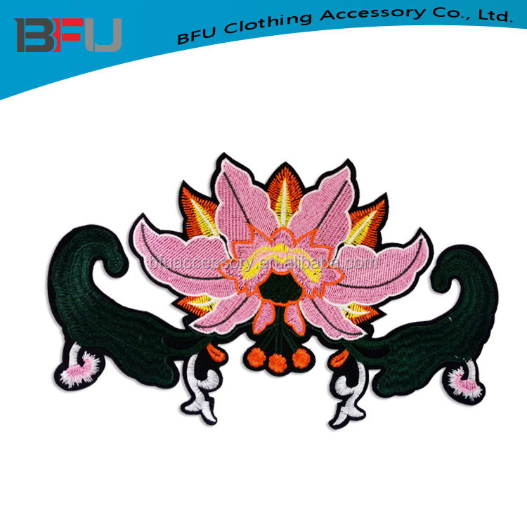 fashion blank embroidery flower patch manufacture