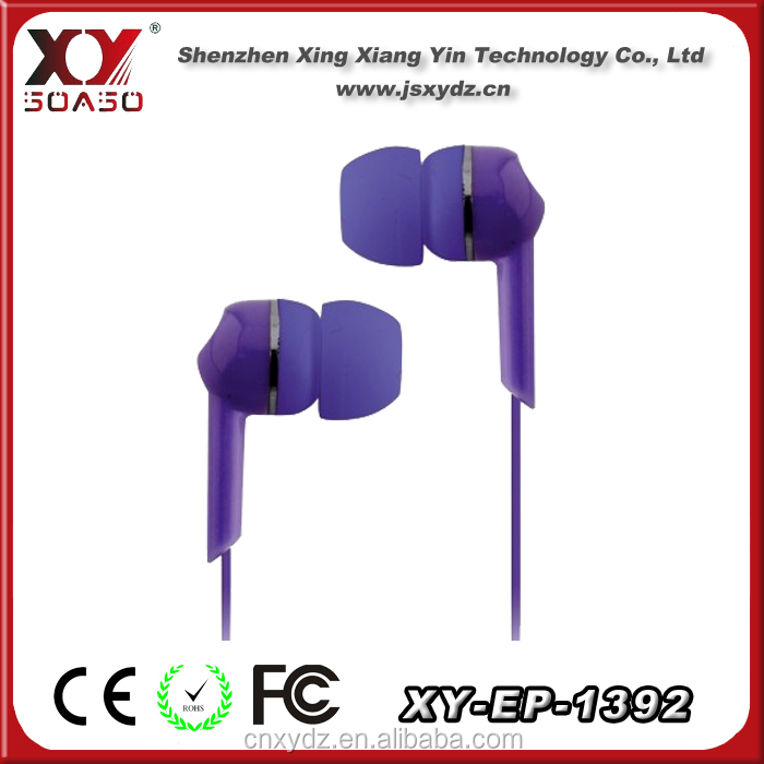 Hot selling colour in ear earphones for iphone 5 OEM factory in china