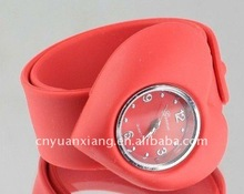fashion silicone slap watch with hearted shape dial