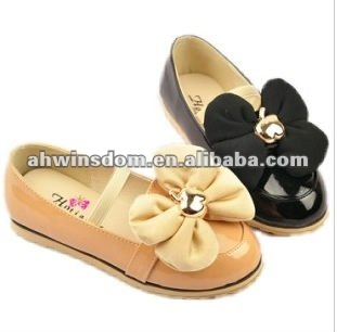 2012 fastion apple bow patent leather princess children's pumps