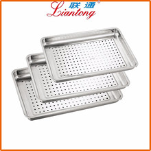 kitchen tools 0.8mm thickness Hotel and restaurant good quality stainless steel tray with punched holes