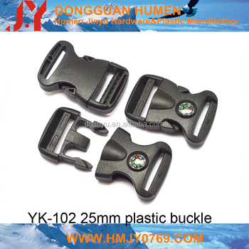 Adjustable quick release buckle for luggage strap