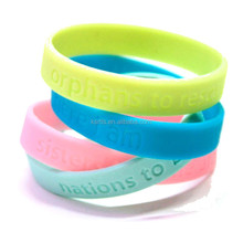 china manufacture Promotional Custom Soft Sport Silicone wristband with custom logo