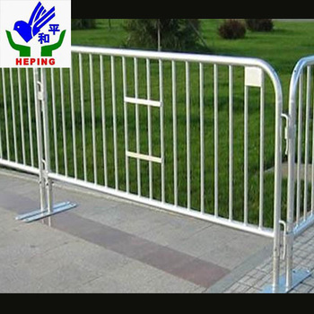 PVC/galvanized barbed iron wire fence