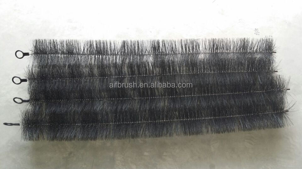 Good quality telescopic roof cleaning gutter brush