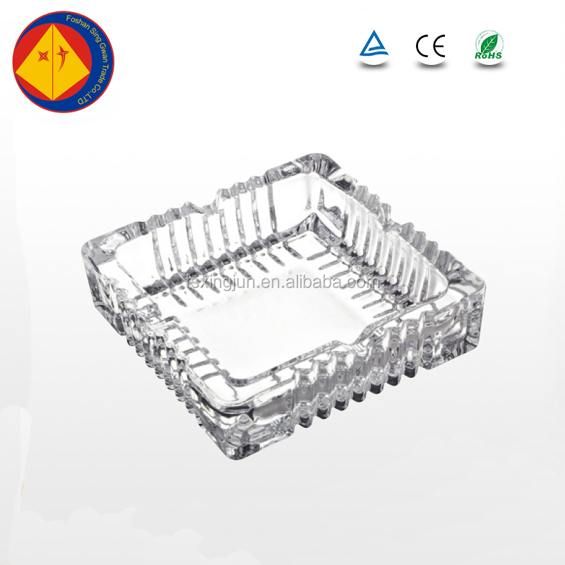 China supplier embossed ribbed wholesale square glass ashtray
