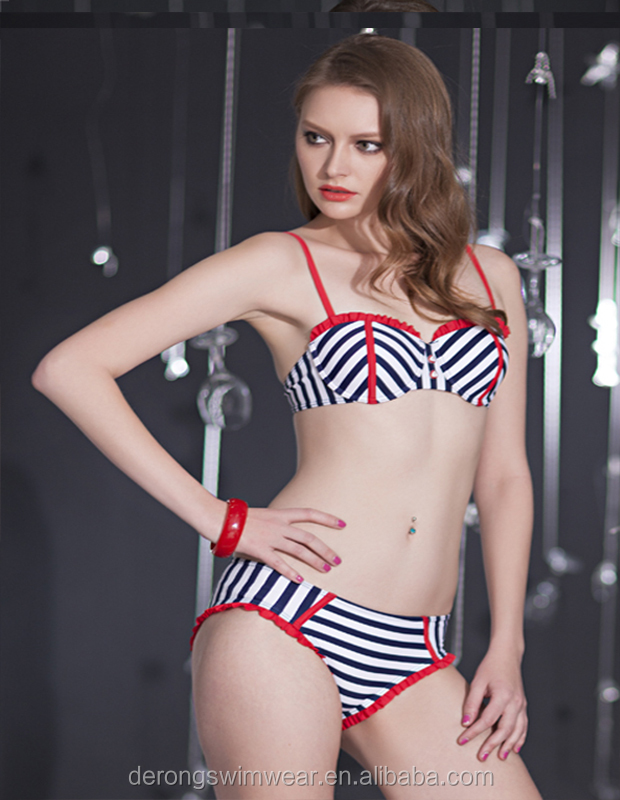 Fashion sexy and lovely bikini with black and white stripes new style hot women swimwear