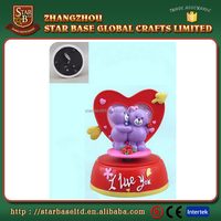 Heart shape resin eco-friendly nice design birthday music box souvenir with low price