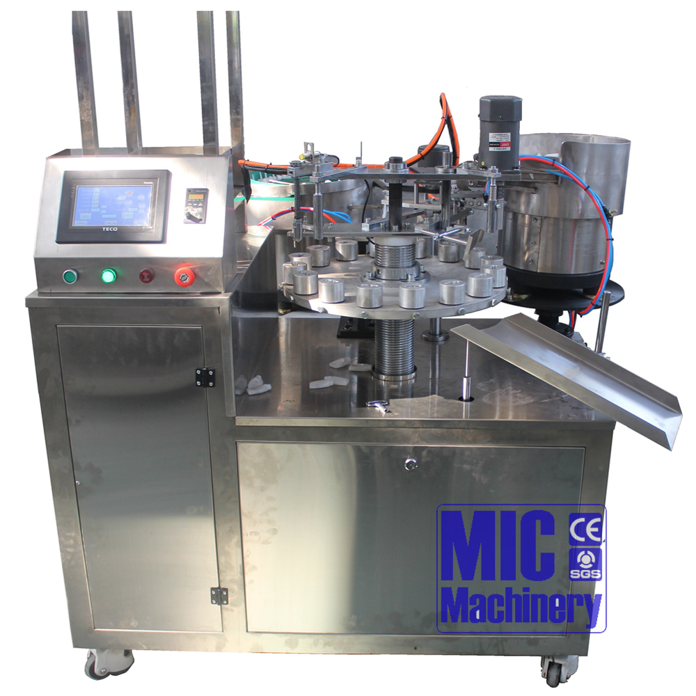 Chinese Advanced Manufacturer Hand-operate Small Scale Packaging Machine for Small Bottle Filling Machine Reach 45bpm