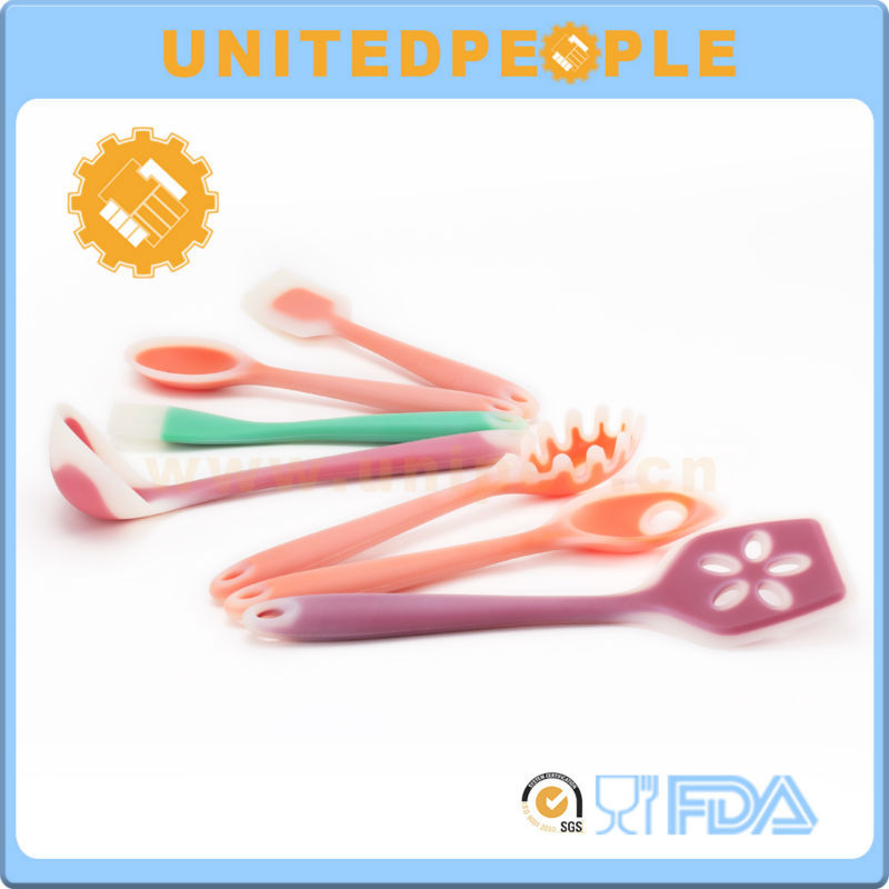 China Supplier Colorful Knifes Silicone Kitchen Utensil Sets
