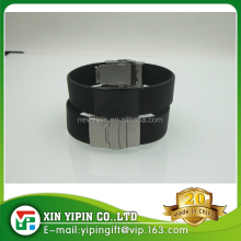 Metal black bucket wristband