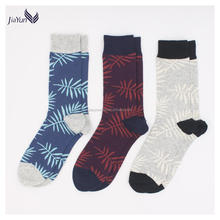 High quality elegant men jacquard cotton socks with tree leaves
