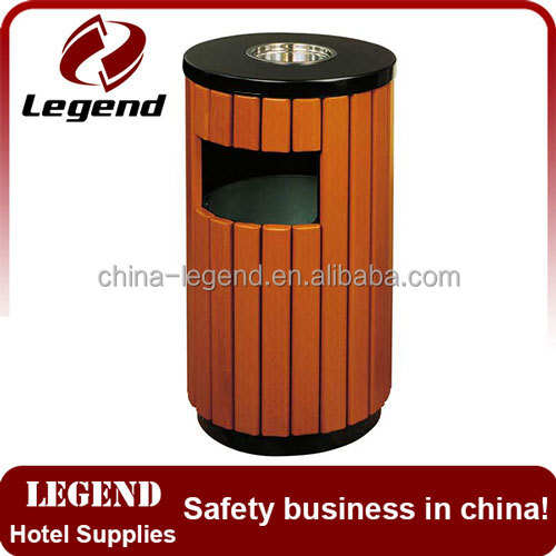 Round shape wooden garbage bin outdoor with ashtray