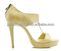 Woman high end sandals