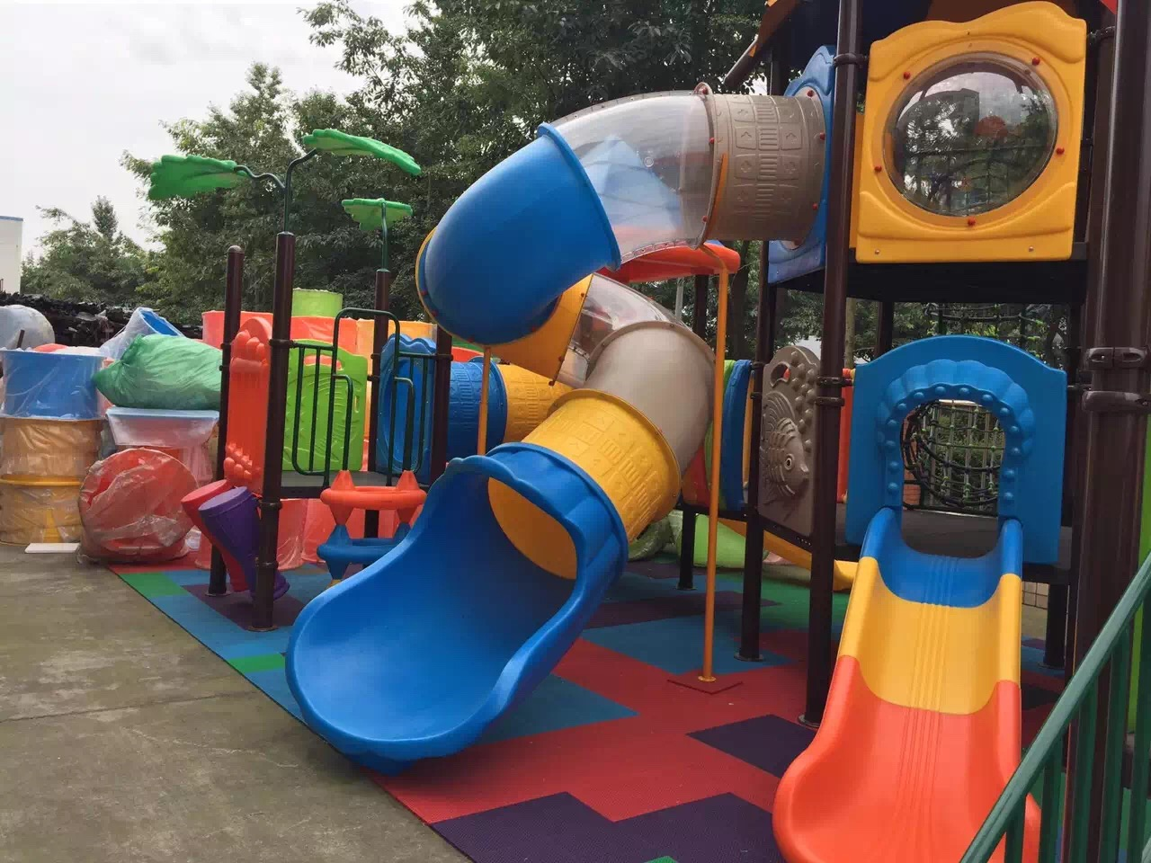 Children outdoor Playground Park Shenzhen Recreation Facility