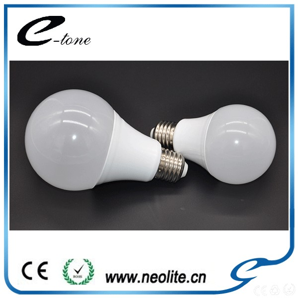 New Products 2017 Plastic House And Aluminum Body Globe Bulbs 12V Dc Led Light Bulb E27