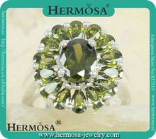 Hermosa Jewelry Marvelous Green Peridot 925 Sterling Silver Gorgeous Cluster Ring Y85