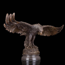 Durable artworks glede vintage brass eagle flying sculpture garden decor bronze statue with marble base hawk sculpture