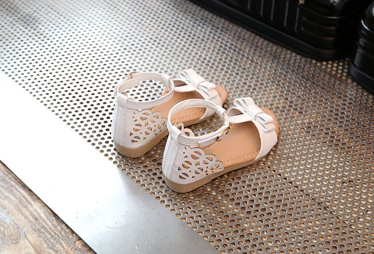 Summer Korean style 4-6 years children 's casual shoes girls princess open toe sandals big children flat bottom tide shoes whole