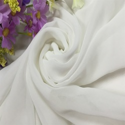 150cm hot-sell wholesale white cheap chiffon fabric for dress garment
