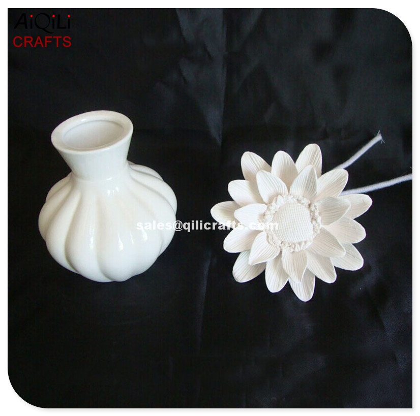 Ceramic Flower Fragrance Clay Diffuser With Ceramic Vase