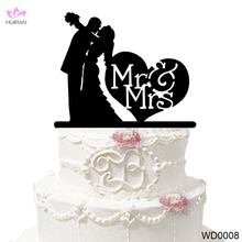 MR &MRS Wedding Decoration Cake Topper Bride and Groom Kissing Wholesale Acrylic Cake Topper