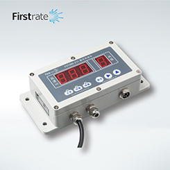FST200-221 Digital Wind Speed And Wind Direction Sensor Display Controller with a display