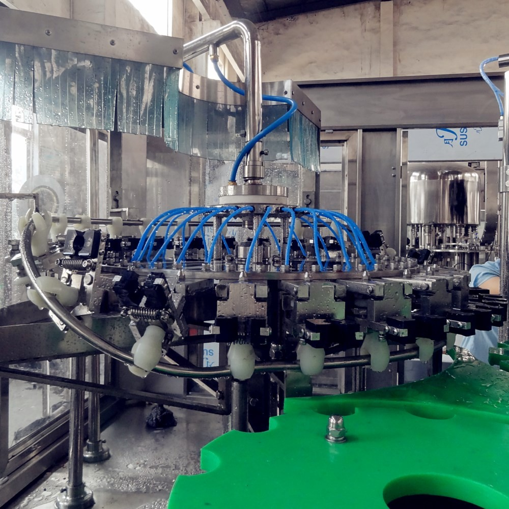 CE SGS certificated carbonated beverage production line meet filling technical requirements