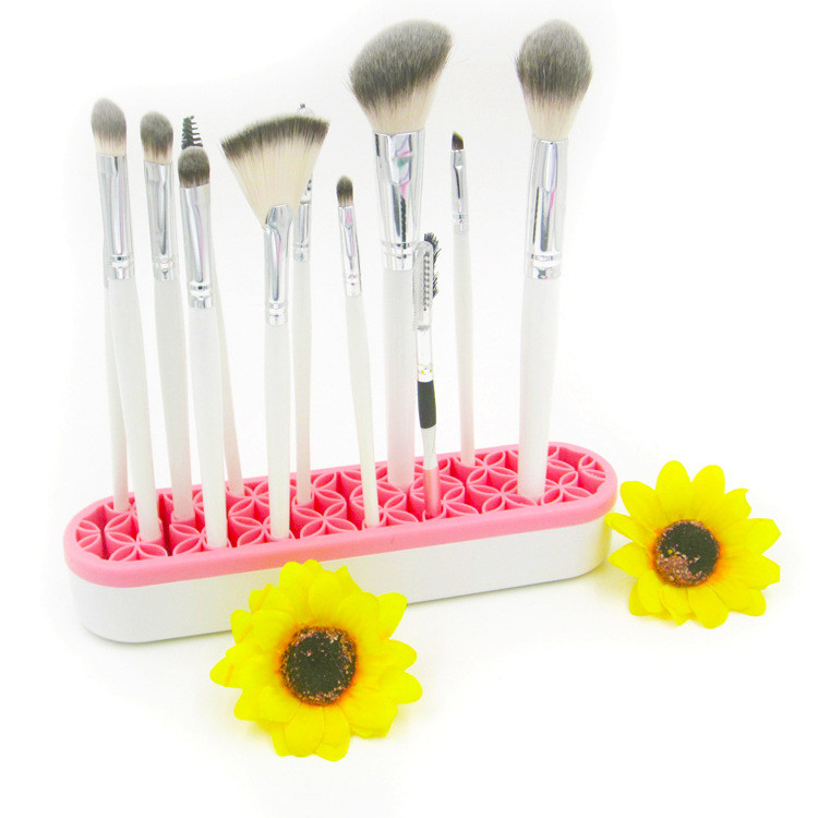 travel brush holder