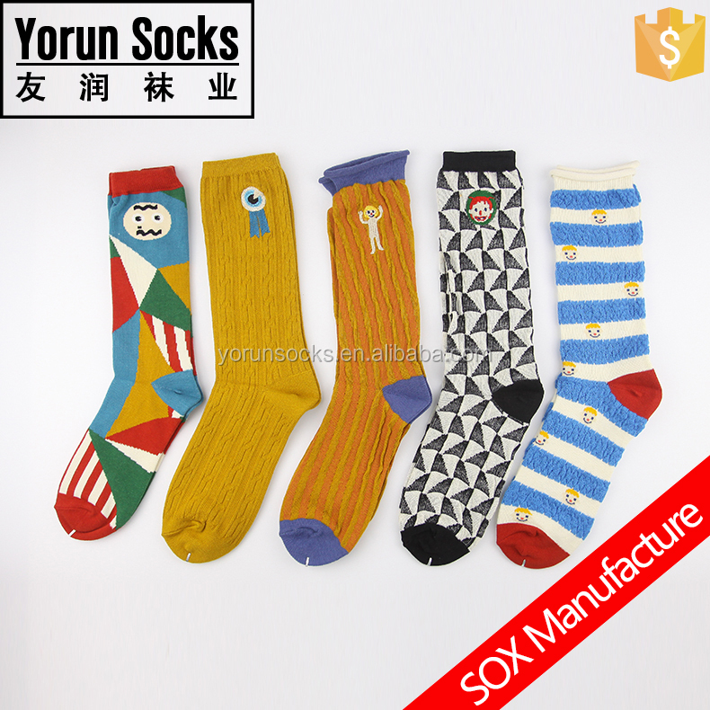 Retro Embroidery Socks For Men And Women Hip hop Style Festival Socks