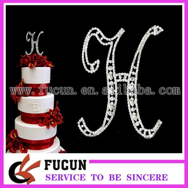 Marquise cake topper H.jpg