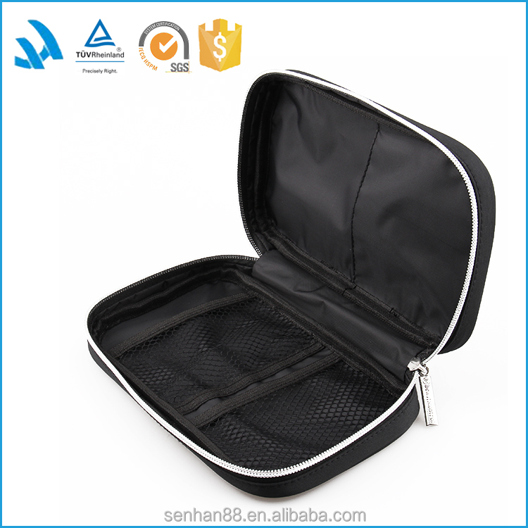 Hot sale fashion black polyester Foldable brush make up bags