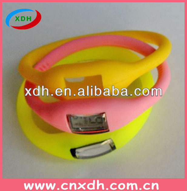 Hot sales custom silicon sports watche 2014