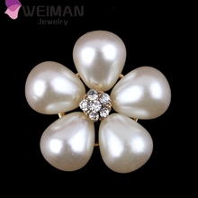 Custom garment button hot sale cute pearl flower button for clothes