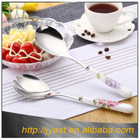 Wholesale hotel silver ceramic handle salad stainless steel spoon and fork set