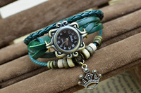 New Arival 2017 Fashion vintage bracelet watch with crown pendant