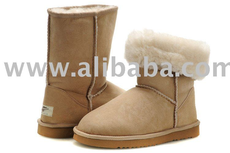 new arrival + on sale ****sheepskin boots , austrilia boots , cardy boots