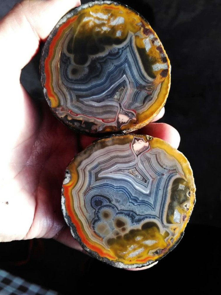 Chinese Fighting Blood Agate China Agate Blue