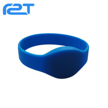 Hot sale cool silicone wristband active Rfid wristband