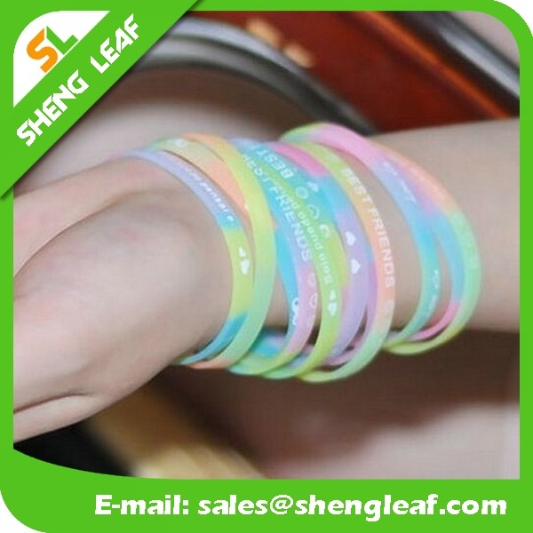 Embossed / Debossed logo silicone wristband / bracelet / rubber band for kids