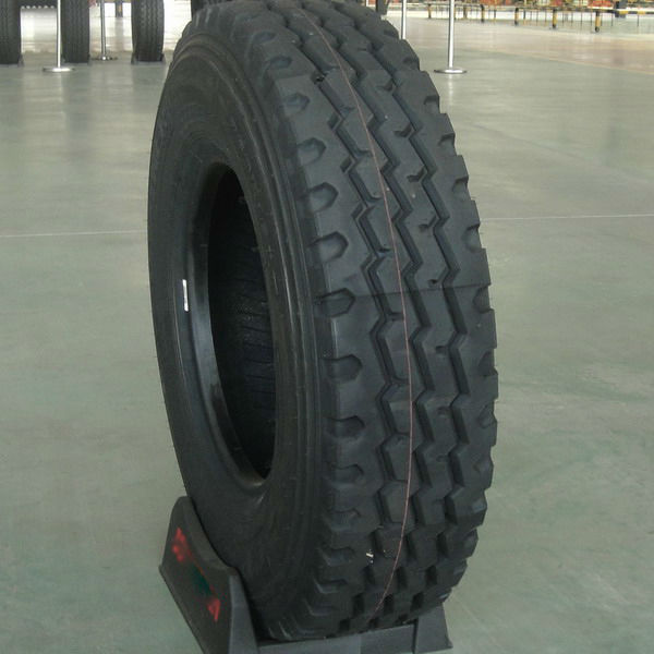 MGLTIRE- Truck tire 750R16 with quality warranty pattern-896