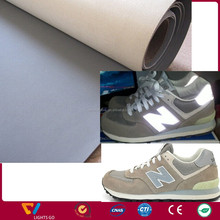 Custom silver grey waterproof 0.6mm abrasive resistance reflective pu leather fabric for sewing shoe