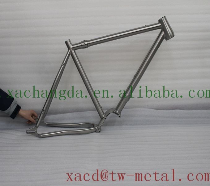 700c Road bicycle frame with pinion and coupler XACD made Titanium bicycle frame Ti road bike frame