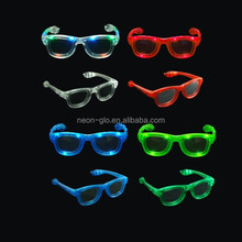 China Factory Custom Logo LED Flashing Wayfarer Sunglasses as a Promotion