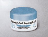 Ginseng & royal jelly skin cream 30 g/ jar rostbite ( chilblains), skin chapping.