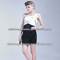 fashion one-shoulder dress