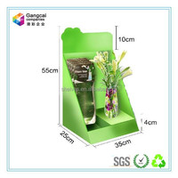 green bright paper countertop display