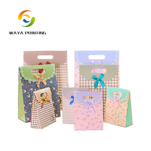 China supplier chocolate packing fashion custom gift bags